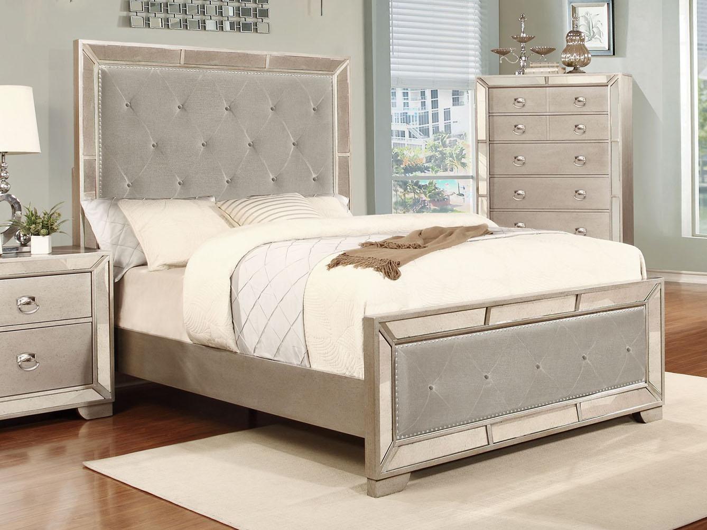 Cosmopolitan Queen Bed